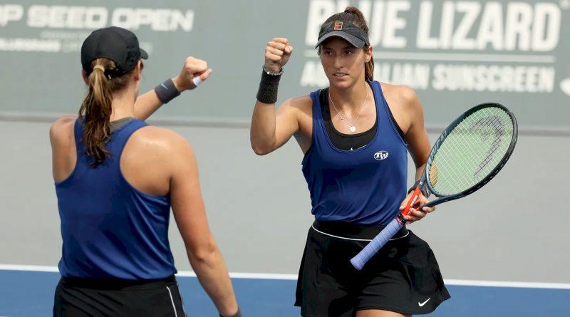 Luisa Stefani (direita e Hayley Carter (divulgação WTA Tennis)