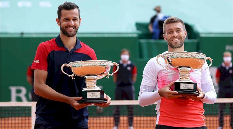 Mate Pavic (esquerda) e Nikola Mektic (divulgação ATP Tour)