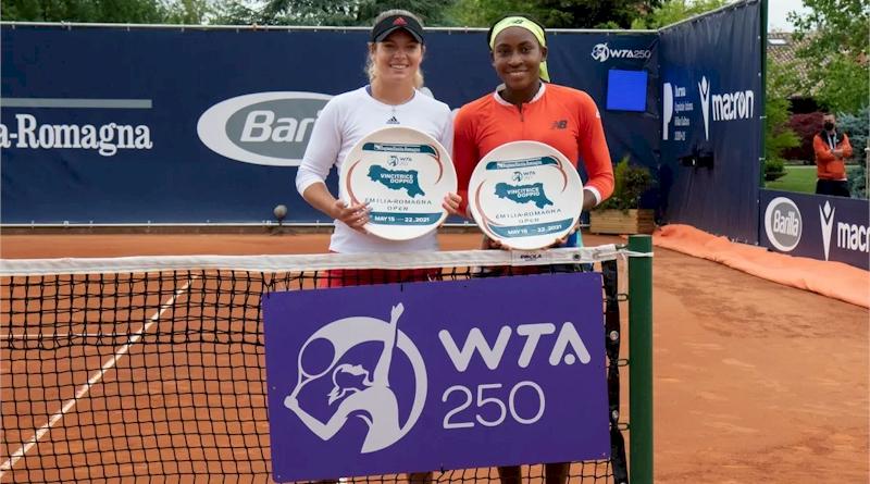 Caty McNally (esq) e Cori Gauff (divulgação WTA Tennis)