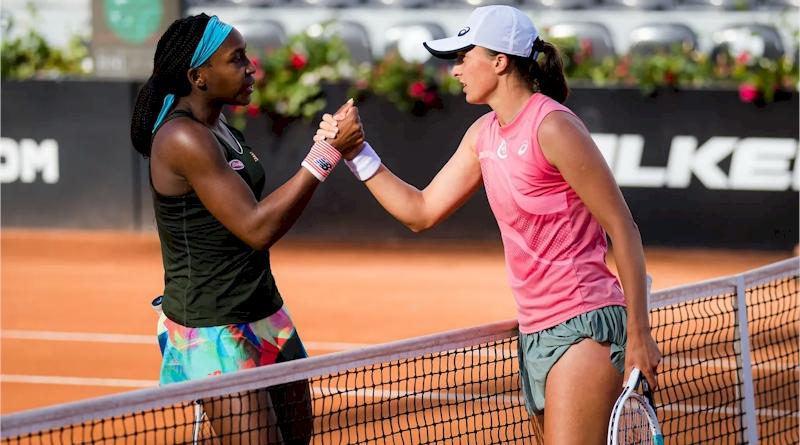 Cori Gauff (esquerda) e Iga Swiatek (divulgação WTA Tennis)