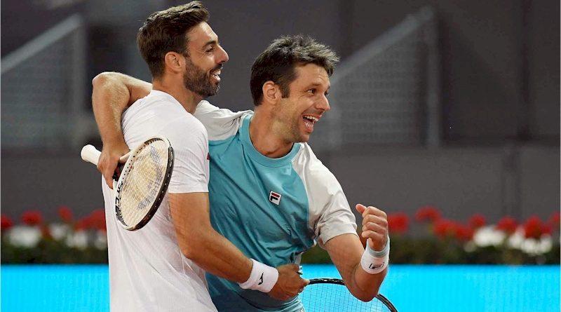 Marcel Granollers (esq.) e Horacio Zeballos (divulgação ATP Tour)
