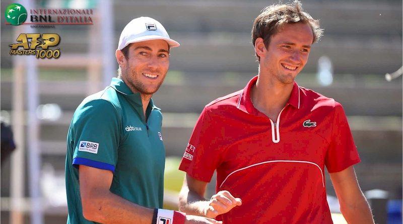 Marcelo Demoliner(esq.) e Daniil Medvedev (divulgação ATP Tour)