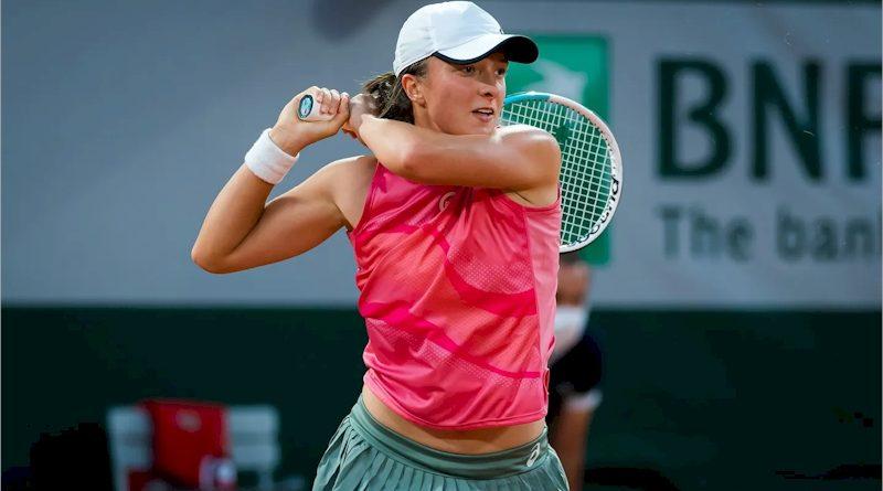 Iga Swiatek (divulgação WTA Tennis)