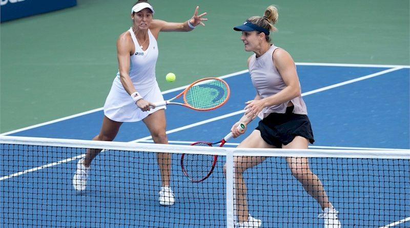 Luisa Stefani (esq) e Gabriela Dabrowski (divulgação US Open)