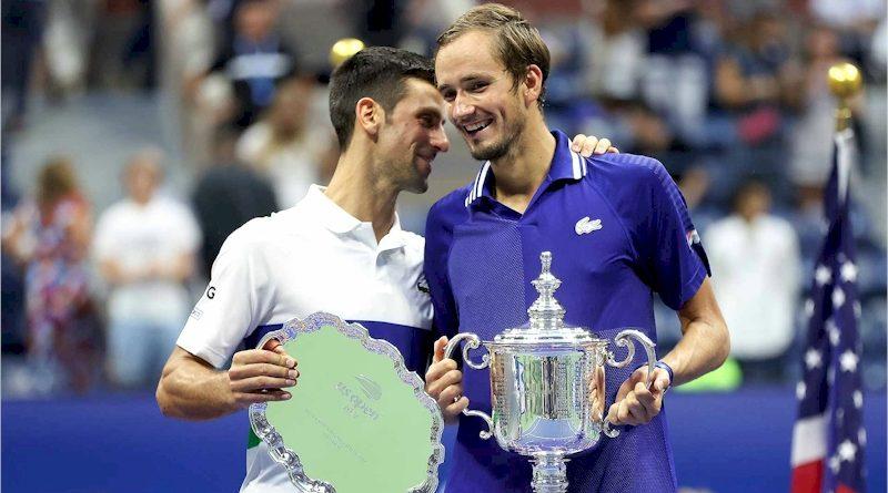 Novak Djokovic (esq) e Daniil Medvedev (divulgação ATP Tour)